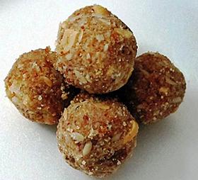 Dry Ginger Laddu