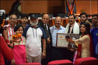 Dr. Vikram Chauhan (MD-Ayurveda) is Awarded with Punjab State Dhanvantri Award on National Ayurveda cum Dhanvantri Day, 2019