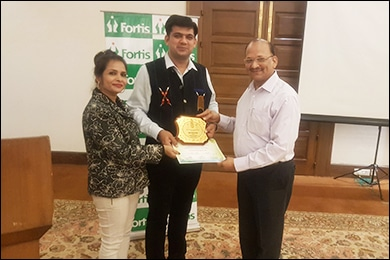 Receiving Award from Dr. G. D. Mehta, (President NIMA) and Dr. Meenu Gandhi (Secretary, NIMA)