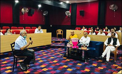 Dr. Madan Gulati enlightened the Ayurvedic Doctors, Shuddhi Ayurveda Panchkarma Centre, Dera Bassi